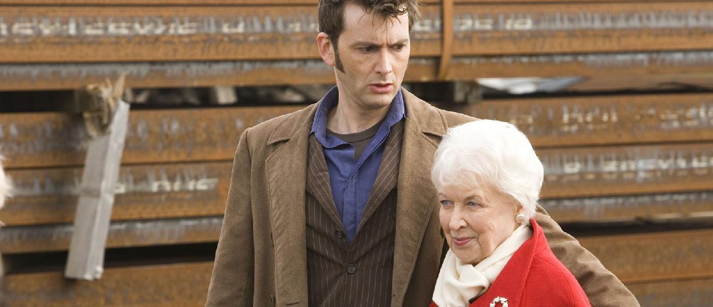 Doctor Who: l\'attrice Dame June Whitfield si spegne all\'età di 93 Anni