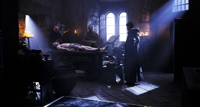 Il Nome della Rosa, la nuova Serie TV: Recensione dei primi due Episodi