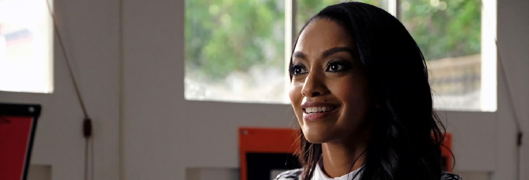 Azie Tesfai promossa a Regular nella 5° Stagione di Supergirl