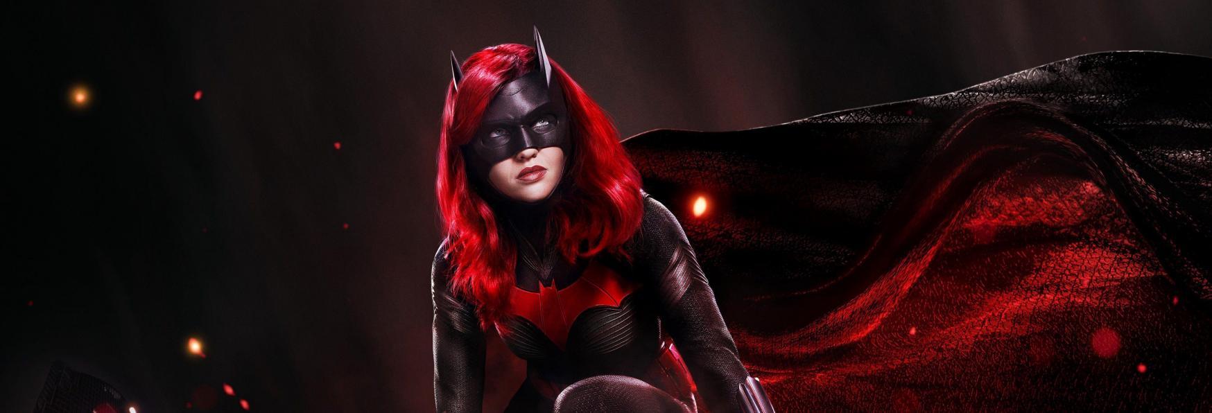 Batwoman 2: un nuovo Personaggio Principale al posto di un Recasting. Lo Showrunner spiega i Motivi della Scelta