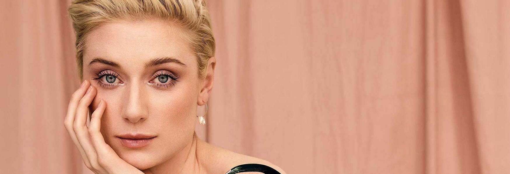 The Crown: Elizabeth Debicki interpreterà la Principessa Diana nelle Stagioni 5 e 6
