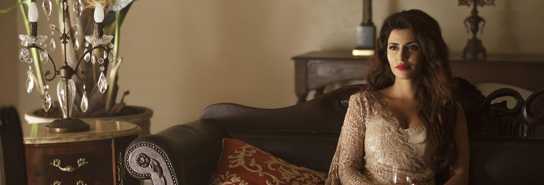 Batwoman: La Star di The Catch Shivani Ghai farà parte del Cast della Serie TV