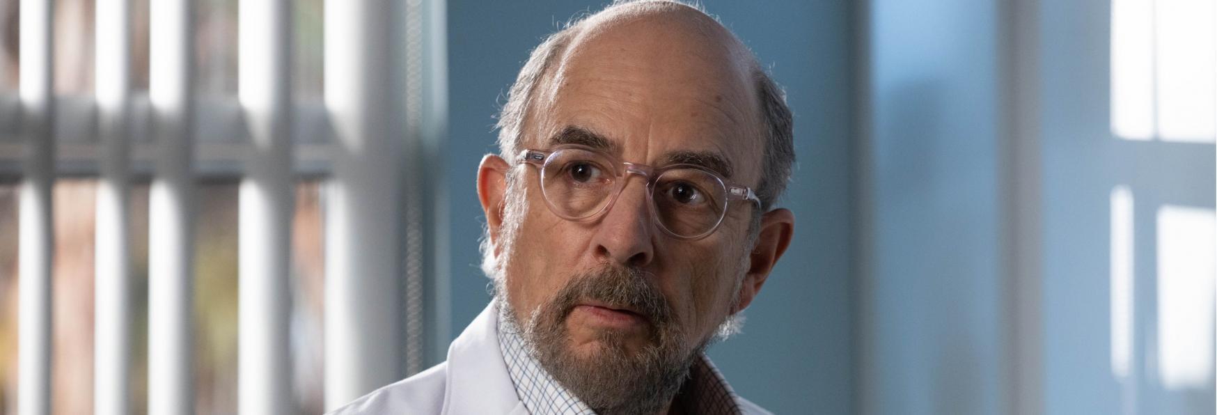 The Good Doctor: Richard Schiff positivo al COVID-19 ma le Riprese continuano