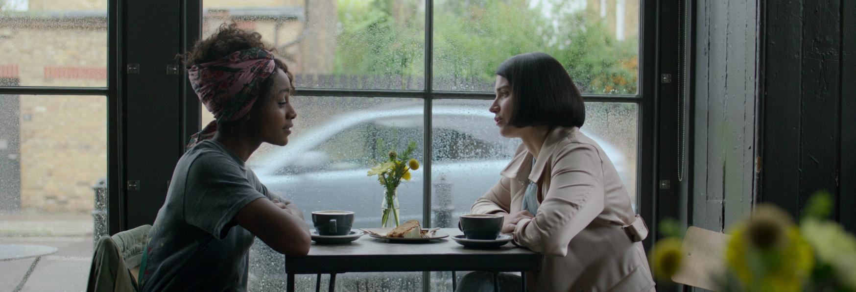 Behind Her Eyes: Svelato il Trailer della nuova Serie TV targata Netflix
