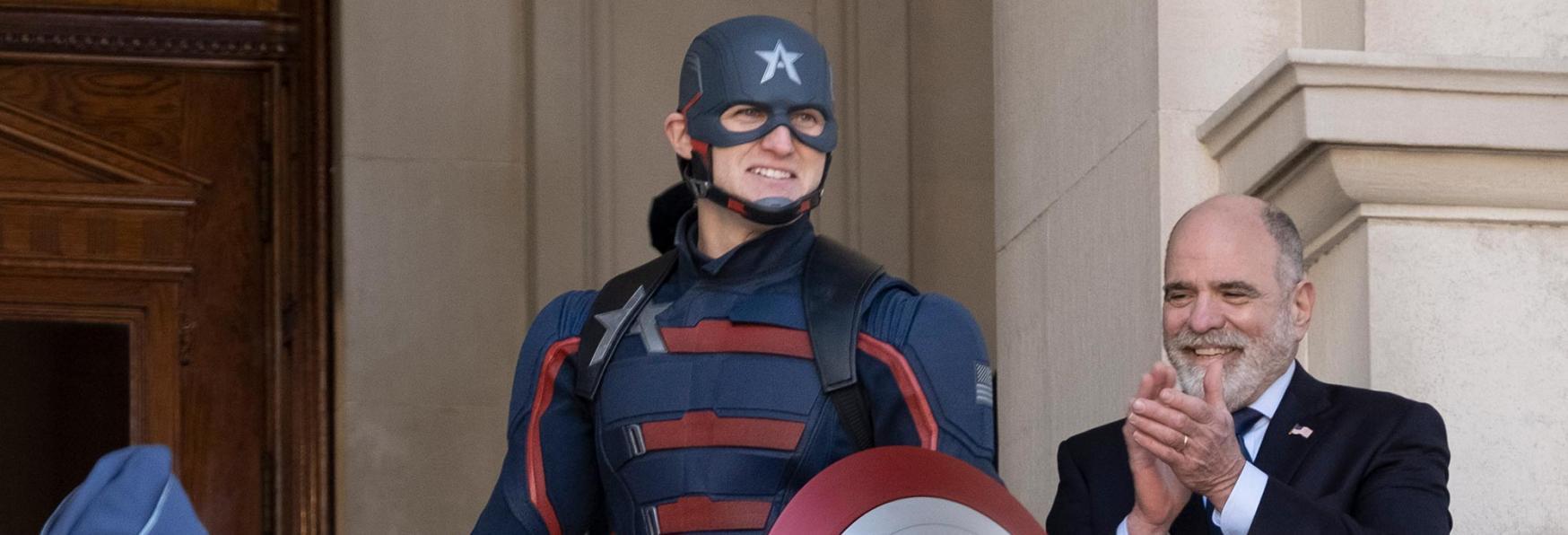 The Falcon and The Winter Soldier: le Differenze tra il Capitan America di John Walker e Steve Rogers