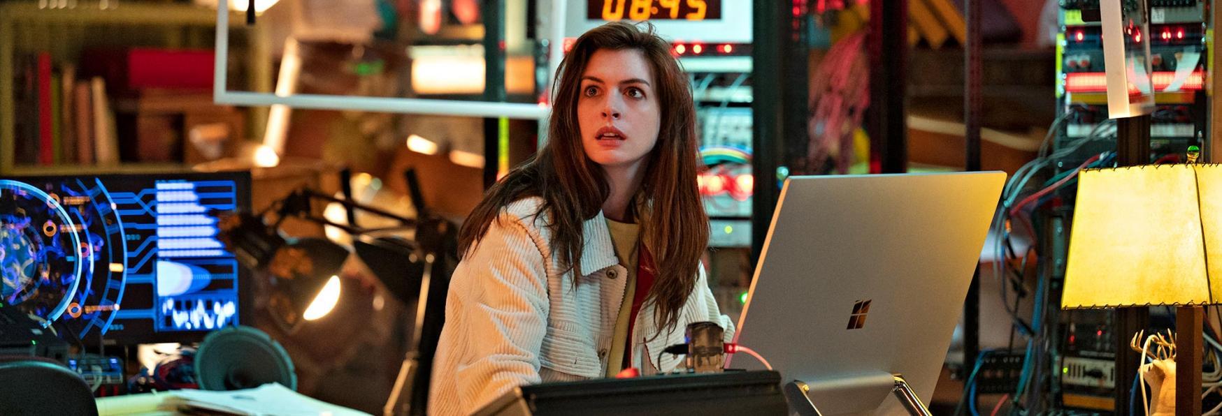 Solos: il Trailer della nuova Serie TV Amazon con Anthony Mackie e Anne Hathaway