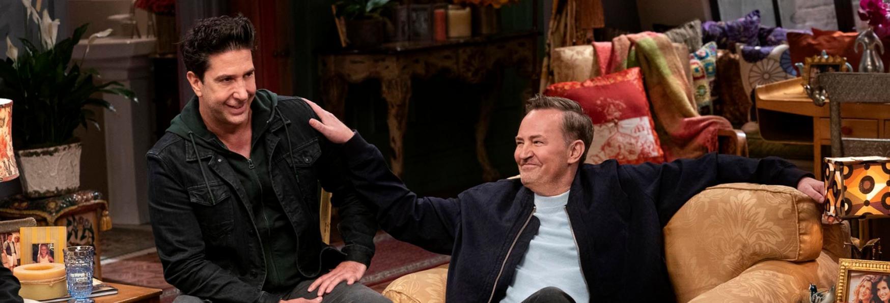 Friends: il Regista risponde ai Commenti Maligni su Matthew Perry dopo la Reunion