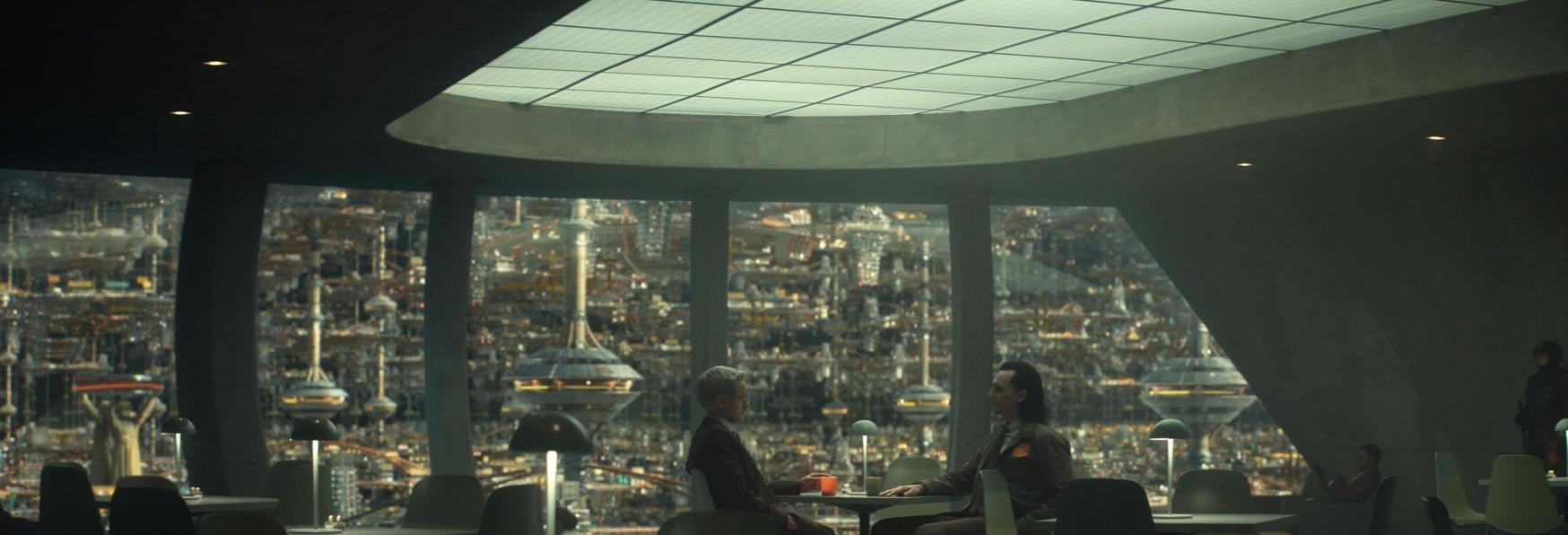 Il look di Loki è stato Influenzato da Mad Man e Blade Runner