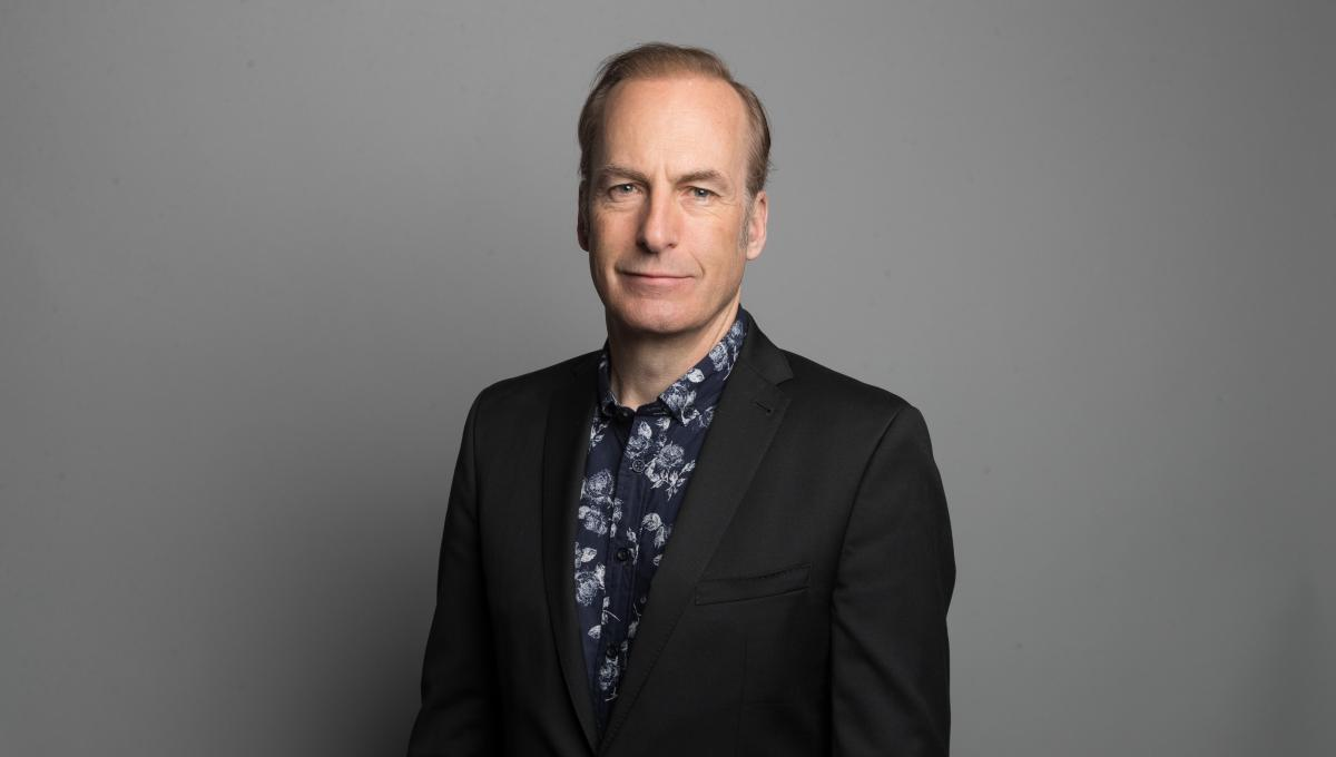 Bob Odenkirk portato d'urgenza in Ospedale dopo un Collasso sul Set di Better Call Saul