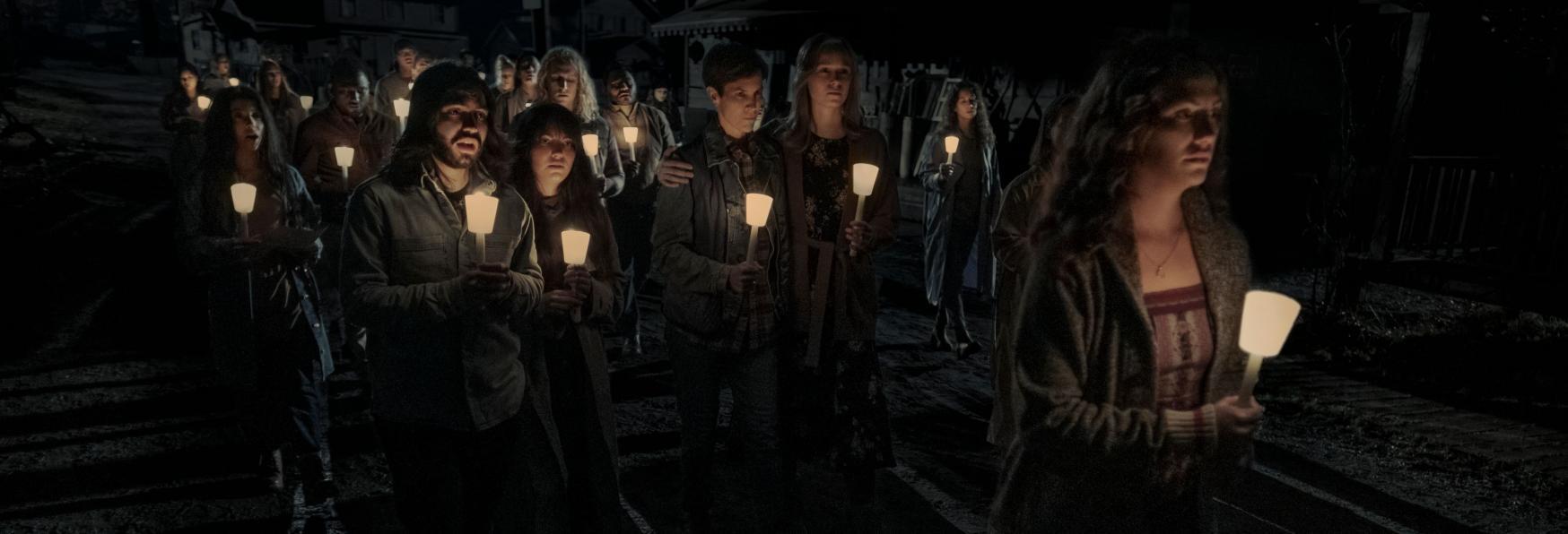 Midnight Mass: il Trailer e la Data di Uscita della nuova Serie TV Netflix dal Creatore di Hill House