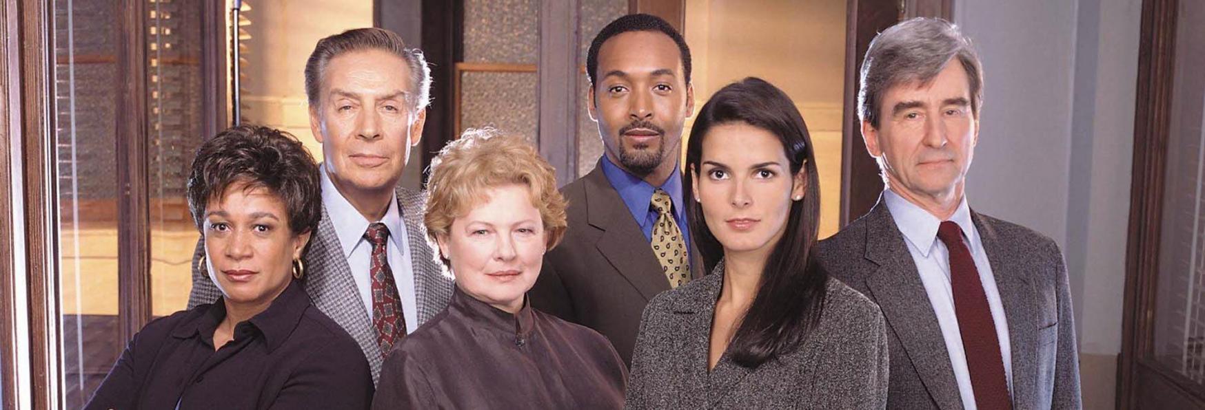 L'originale Law & Order Prosegue: la Serie TV viene Rinnovata per una 21° Stagione